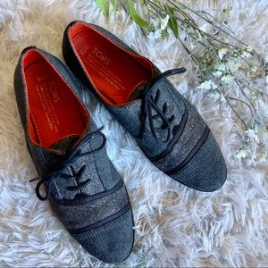Tom's Lace Up Plaid Tweed Oxford Style Shoes